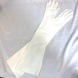 Vintage NEW/White Opera Length Kid Leather Gloves